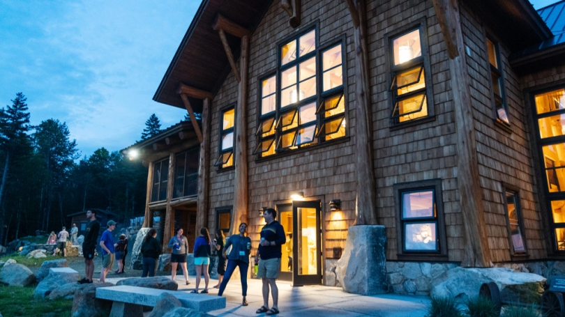 Moosilauke Ravine Lodge at night